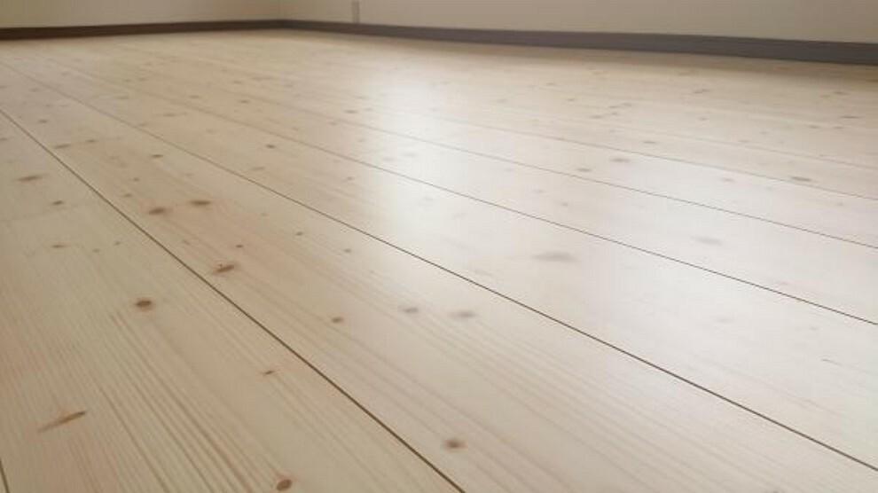 構造・工法・仕様 【リフォーム済】床材は住友クレスト様のシストS-Jです。ワックス不要・キャスター傷に強い・汚れに強くお手入れ簡単・床暖房、ペット対応等様々な特徴があります。