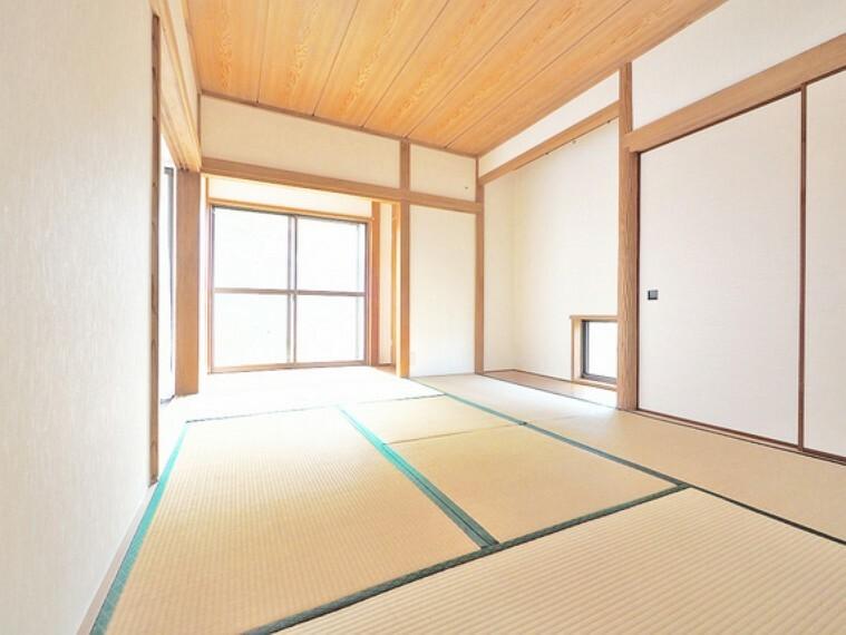 和室 約6.0帖の和室はしっとりと落ち着いた雰囲気