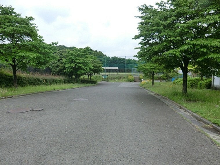 公園 上菅田東部公園 徒歩14分(約1068m)