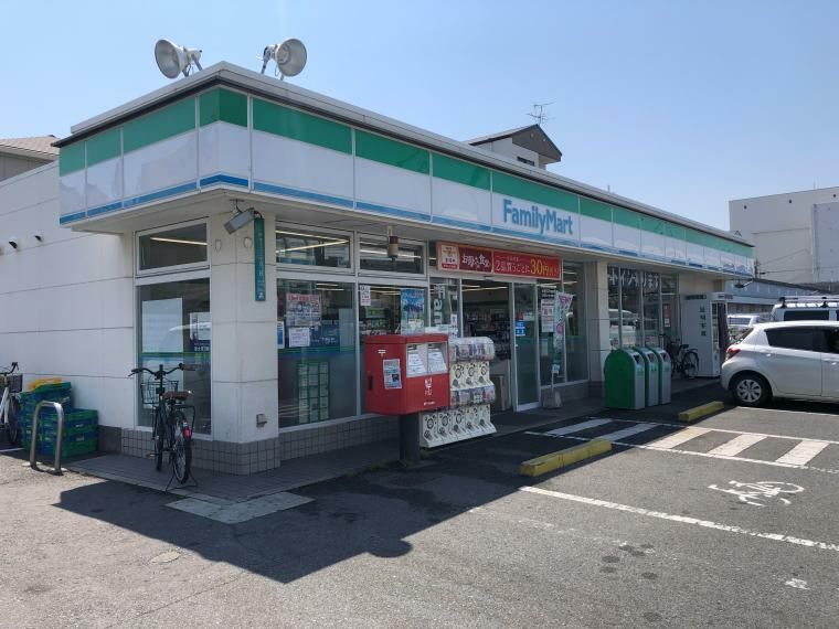 コンビニ ファミリーマートMYS西住之江二丁目店