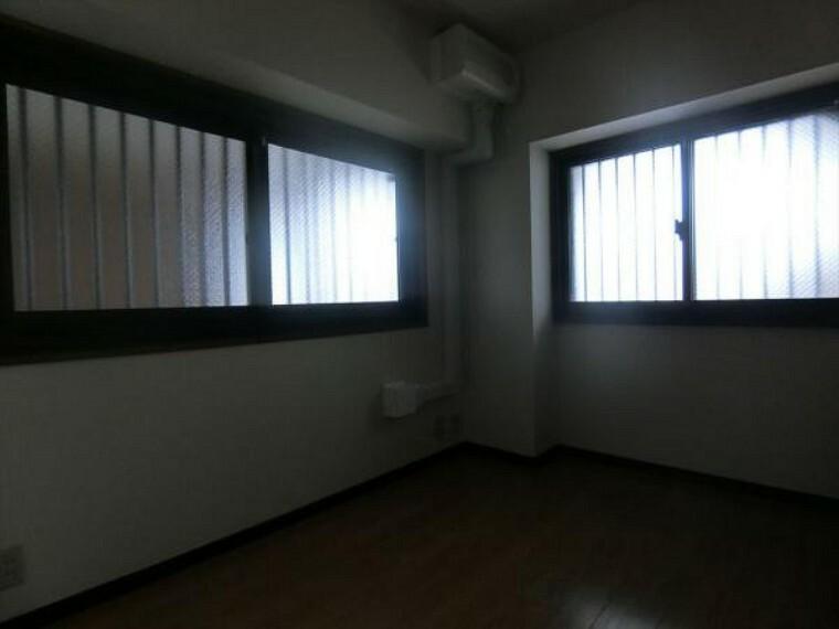 2面採光で明るく風通しの良い居室
