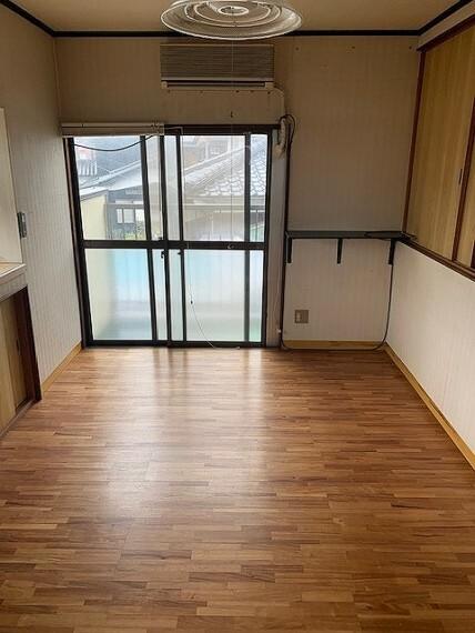 洋室 個人の部屋や寝室として使える洋室です