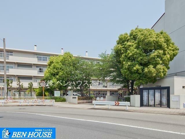 中学校 横浜市立大鳥中学校 徒歩7分。