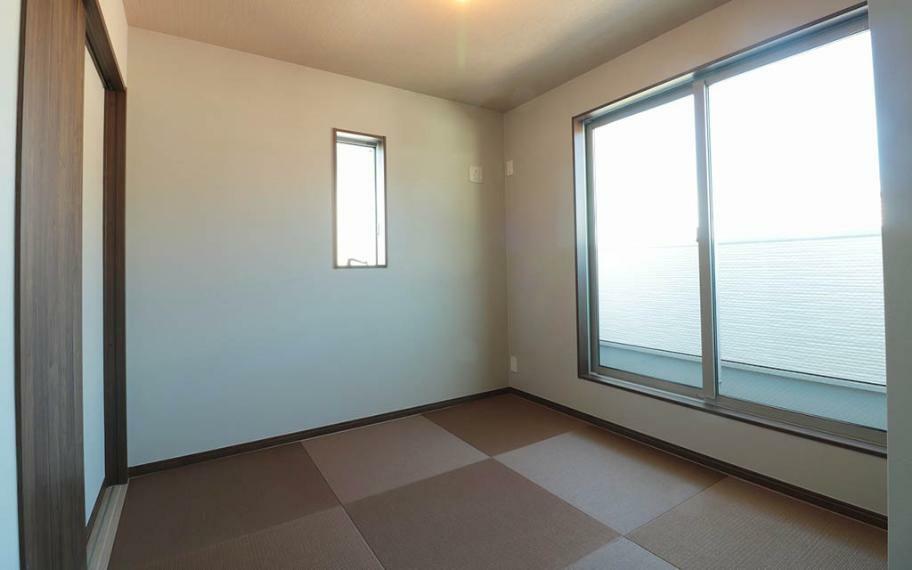和室 3階の和室は収納も充実させ、お布団や季節ものの衣服なども片付けられます。