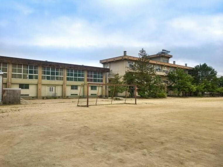 中学校 <渡利中学校>徒歩39分/3125m