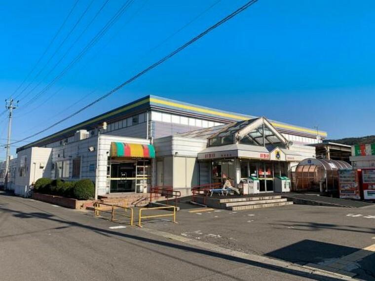 スーパー <いちい南福島店>徒歩27分・車6分/2165m