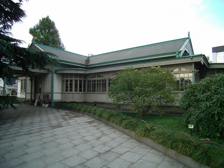 【文化財】新宿御苑旧洋館御休所まで968m