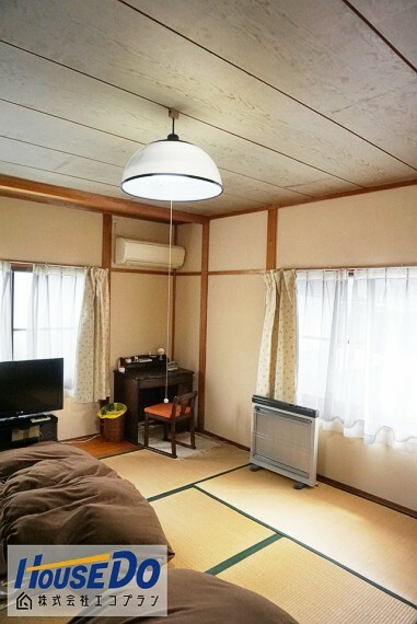 和室 2階の和室はお部屋が広いので、 お子様部屋にぴったりです! 畳はフローリングに比べて音を吸収するので遊び場として最適ですね