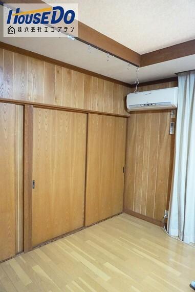 洋室 1階の洋室は急な来客時にも柔軟に対応してくれますね  お子様のお友達、ご親戚の方が遊びに来る際はこの和室が大活躍です!