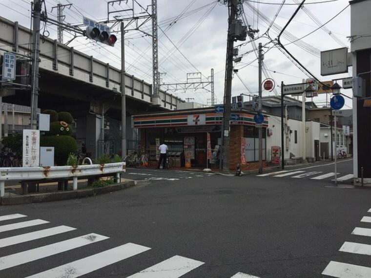 コンビニ セブンイレブン東大阪鴻池元町店
