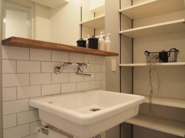 ■洗面台プラン例 洗面化粧台・可動棚設置、ミラー含む(同一タイプ)工事費35万円(価格に含みません)