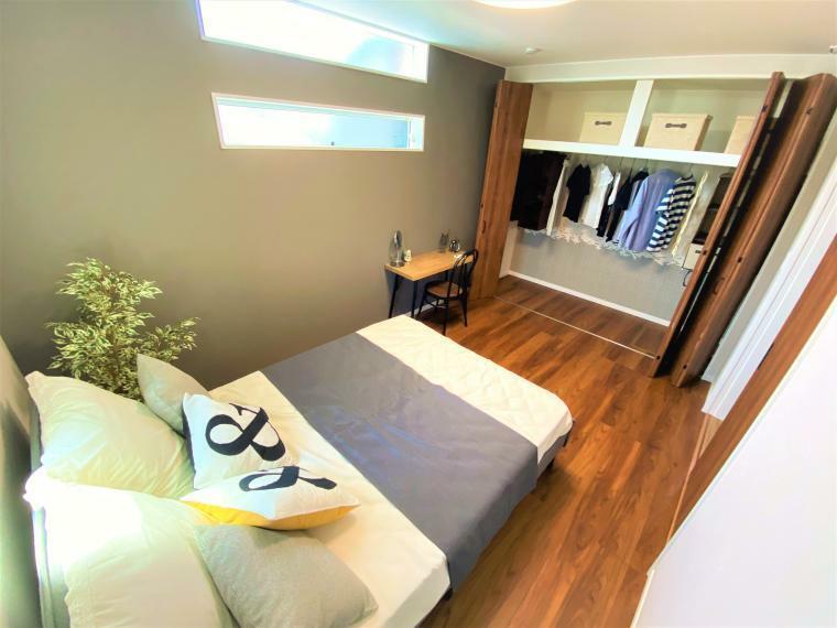 同仕様写真(内観) 寝室には大きなクローゼット付き