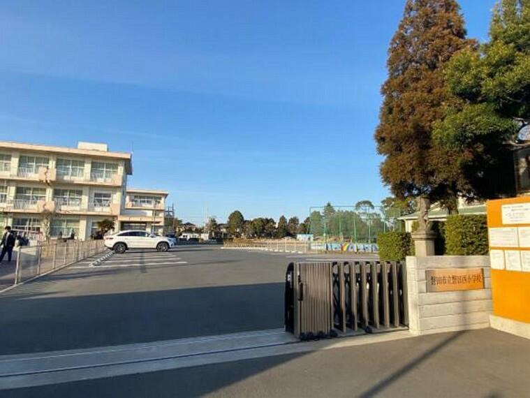 小学校 磐田市立西小学校 徒歩12分(約900m)