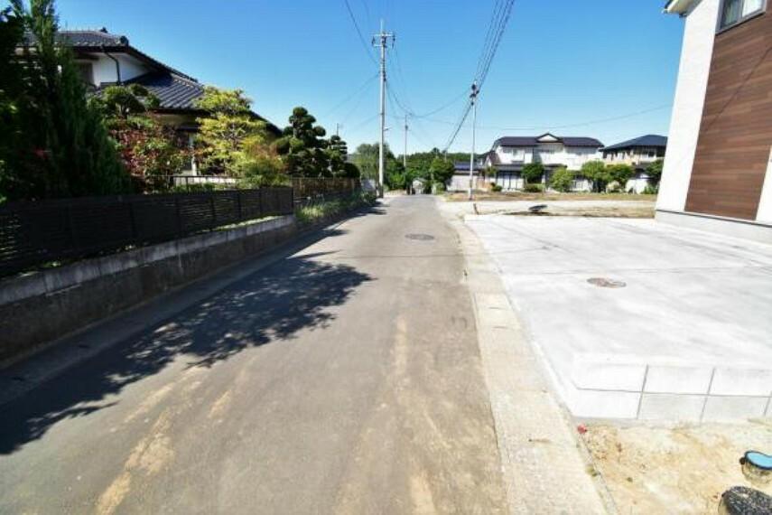 現況写真 前面道路は北西側約4.3m