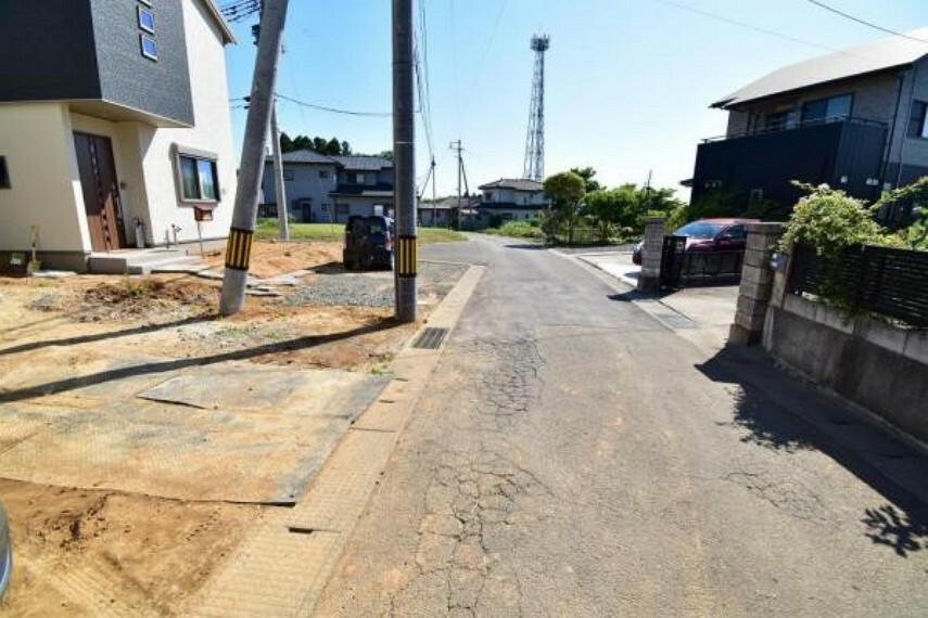 現況写真 前面道路含む現地写真(令和2年5月末撮影)