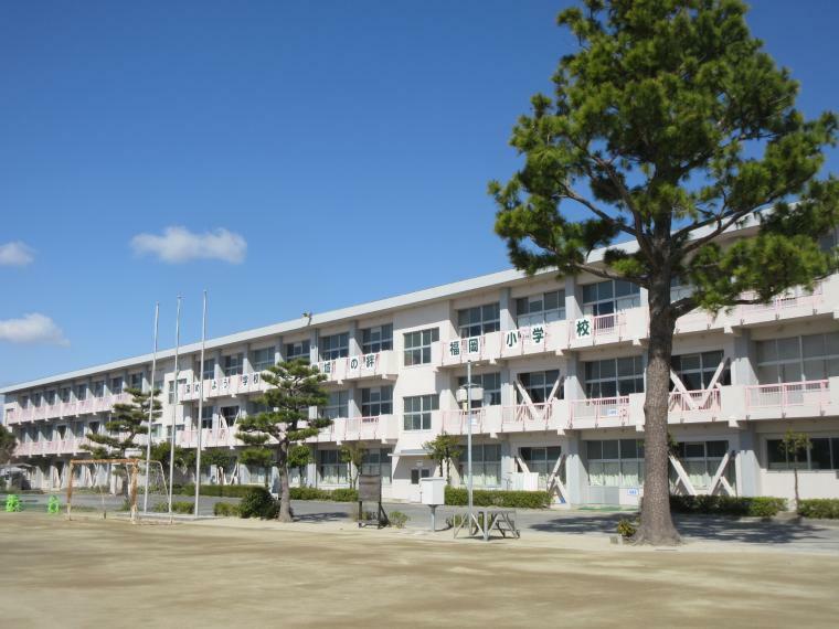 小学校 岡崎市立福岡小学校 福岡小学校の伝統、児童詩教育の他プログラミングなどの授業もあります