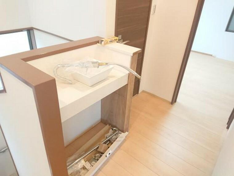 洗面化粧台 【リフォーム中】2F洗面所です。丸ボウル型のおしゃれな洗面を新設致します。