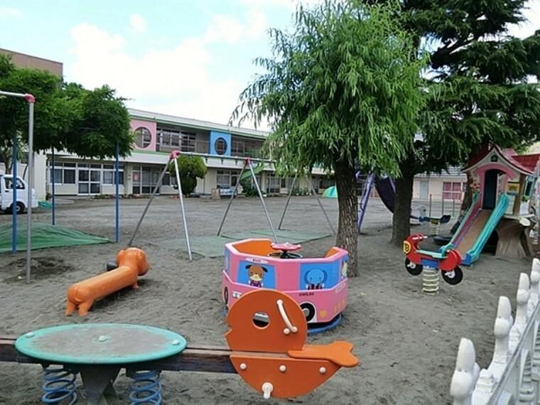 幼稚園・保育園 しんよしだ幼稚園 教育時間 毎週月火木金は9時より14時、毎週水曜日は9時より12時まで  曜日によって給食有