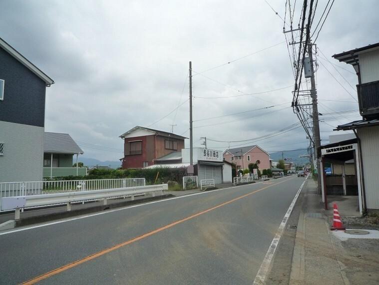 現況写真 大通り沿いの土地です