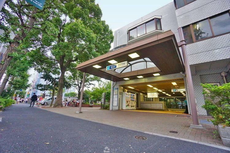 東高円寺駅(東京メトロ 丸ノ内線) 徒歩4分。