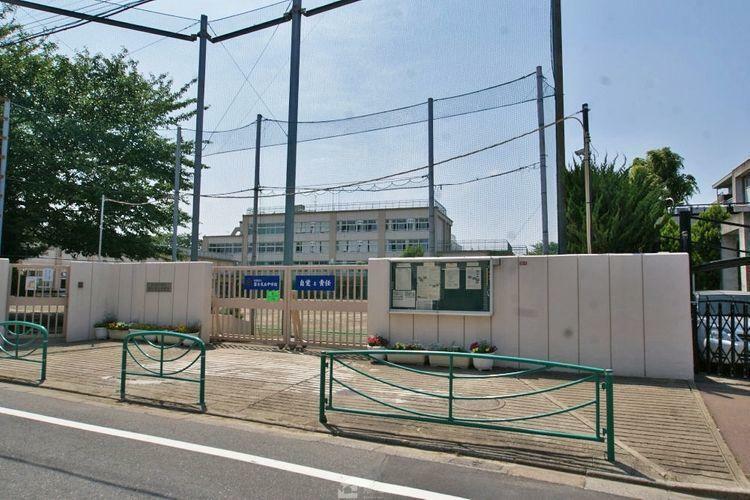 中学校 杉並区立富士見丘中学校 徒歩8分。