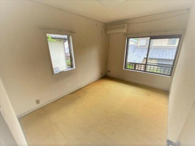 各室窓もあり空気の入れ替えができ気持ちがいいですね
