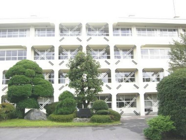 中学校 【中学校】真岡市立中村中学校まで2020m