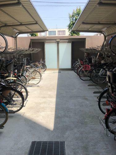 駐輪場 駐輪場です。