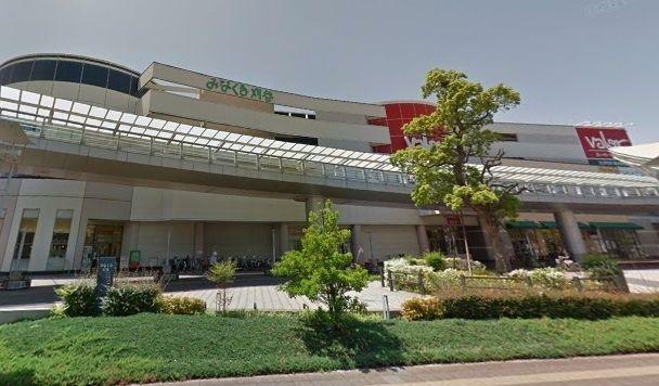 ショッピングセンター みなくる刈谷 徒歩6分。