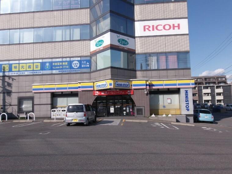 コンビニ ミニストップ半田宮本町店