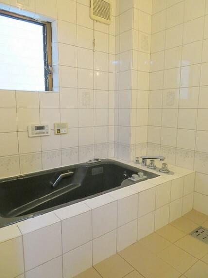 浴室 高級感のある浴室です。
