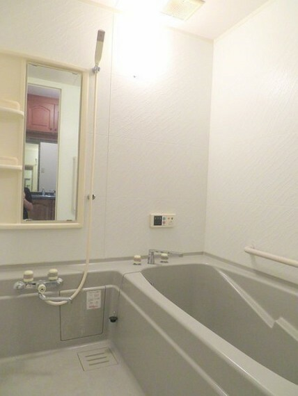 浴室 1階洋室