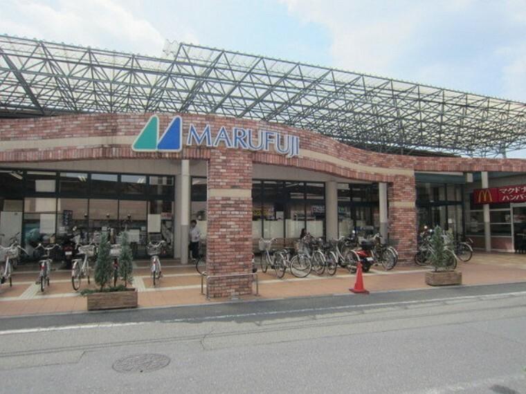 スーパー マルフジ千ヶ瀬店