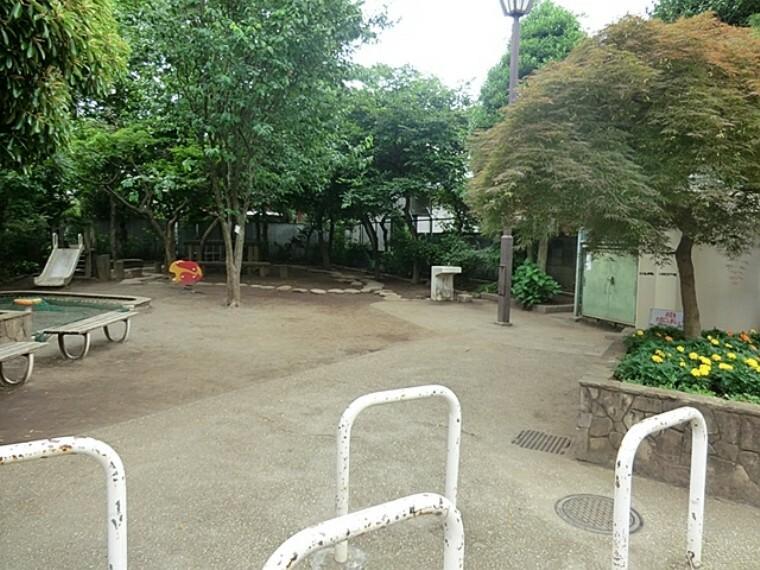 公園 阿佐谷かりん公園