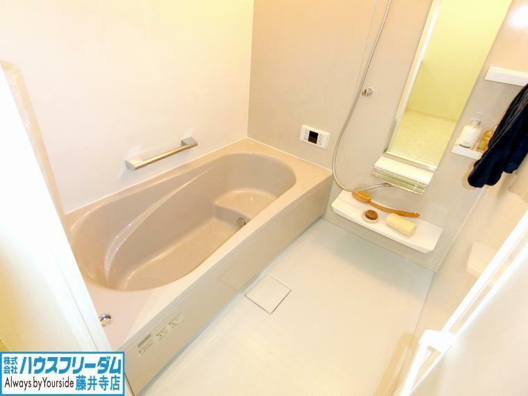 浴室 浴室乾燥機があれば、雨の日や花粉が多い日でも安心!