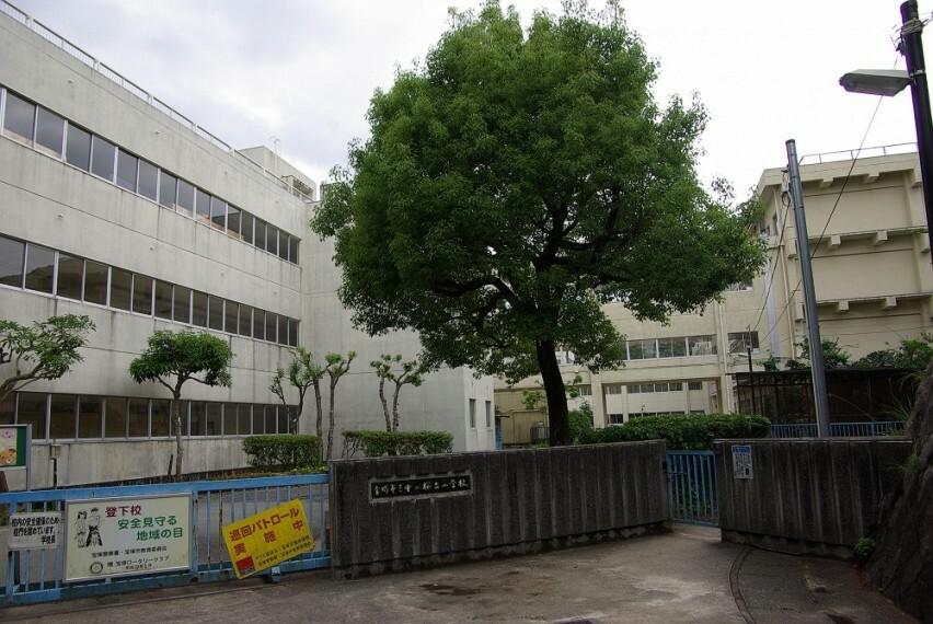 小学校 【小学校】宝塚市立中山桜台小学校まで1295m