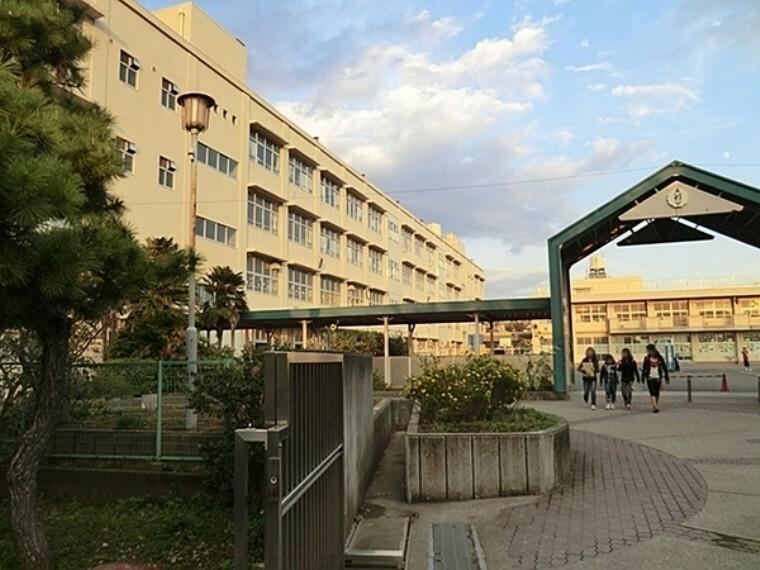 小学校 横浜市立芹が谷小学校