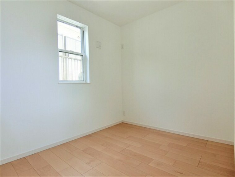 専用部・室内写真 約4帖の居室です。