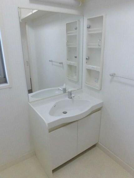 洗面化粧台 2F洗面室