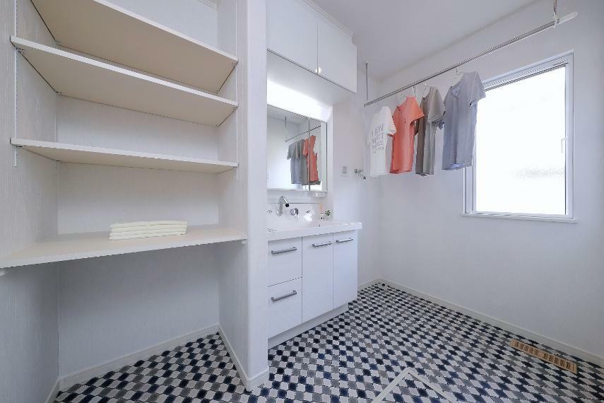 洗面化粧台 洗面室