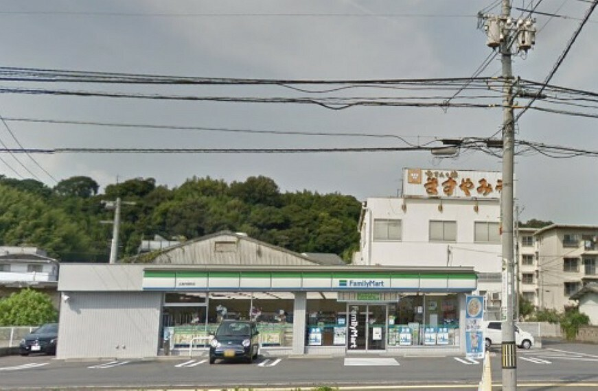コンビニ ファミリーマート 広島丹那町店