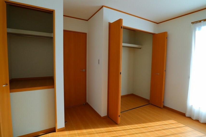 収納 収納 全居室に収納があります