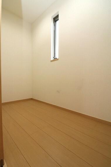 収納 居室収納の他、納戸もございます!