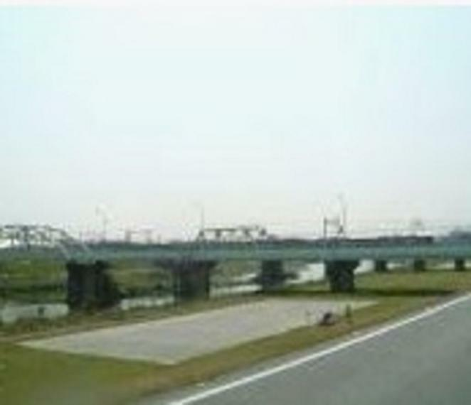 公園 藻川河川敷緑地まで1,549m