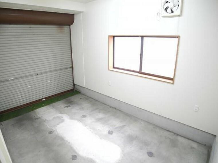 駐車場 車庫