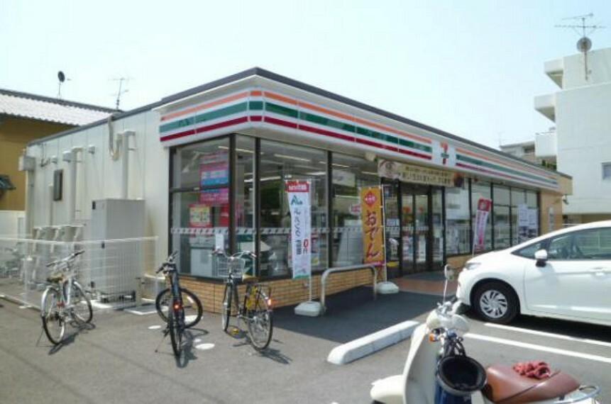 コンビニ セブンイレブン 広島高須2丁目店