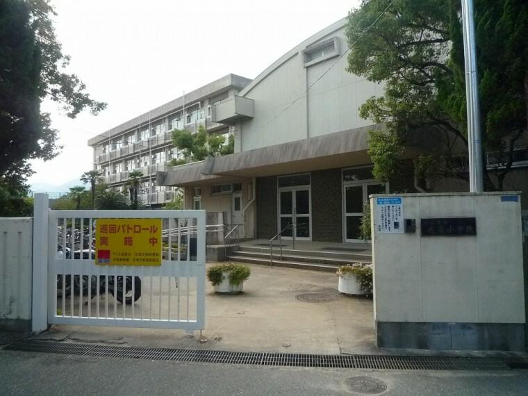小学校 【小学校】宝塚市立 売布小学校まで569m
