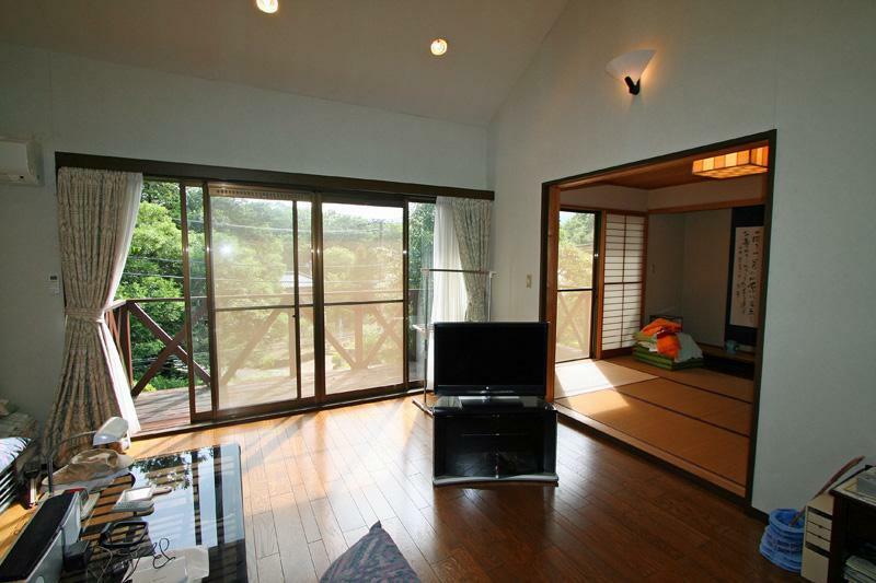 居間・リビング LDKは約25帖の広さです