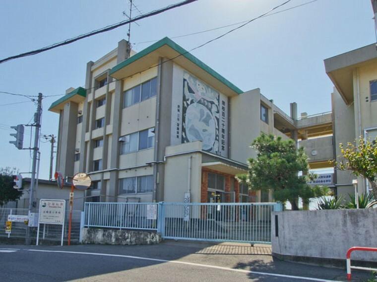 小学校 鴻巣市立田間宮小学校