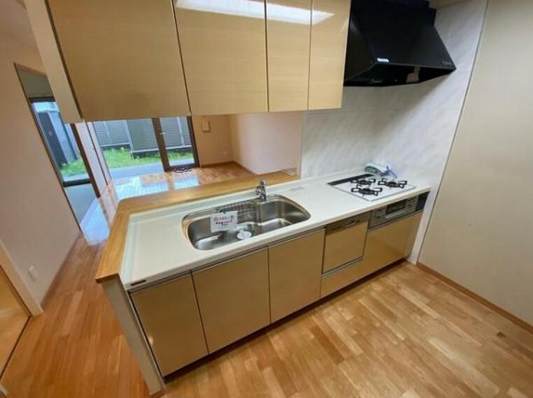 キッチン 新調済!食洗機付きの使い勝手の良いシステムキッチン
